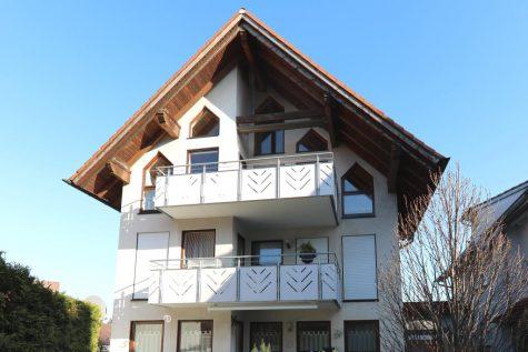 Wunderschöne 3,5-Zimmer-Maisonette-Wohnung mit Balkon und Garage, 71149 Bondorf, Maisonettewohnung