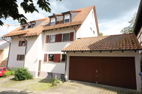 …attraktive 3-Zi.-OG-Wohnung zwischen Tübingen u. Reutlingen mit EBK, Balkon, Keller u. Garage!, 72127 Kusterdingen-Mährigen, Etagenwohnung