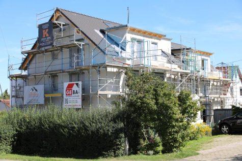 Familienfreundliche Neubau-Erdgeschosswohnung mit Terrasse und Gartenanteil, 72770 Reutlingen, Erdgeschosswohnung