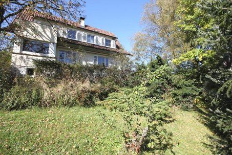 Das romantische Wohnhaus am Südhang mit Garage, XXL-Carport und dem Charme der dreißiger Jahre, 72127 Kusterdingen, Einfamilienhaus