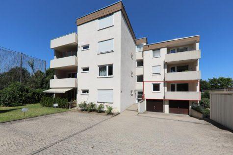 Modernisierte 1,5-Zimmer-Wohnung mit großem Balkon und Außenstellplatz, 72762 Reutlingen, Wohnung