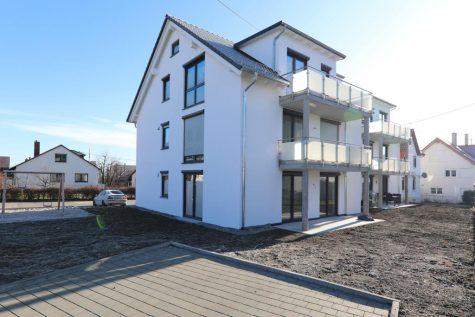 Wunderschöne Neubau-Obergeschosswohnung mit Balkon und Weitblick, 72770 Reutlingen, Etagenwohnung