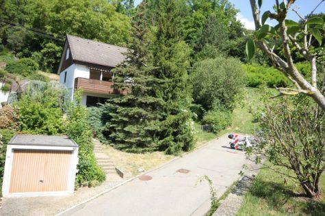 Das Einfamilienhaus mit Einliegerwohnung und Garage direkt am Ortsrand unterhalb der Kliniken!, 72070 Tübingen, Einfamilienhaus