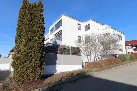 2,5-Zimmer-Obergeschoss-Wohnung mit Garage und herrlichem Weitblick, 72406 Bisingen-Tanheim, Wohnung