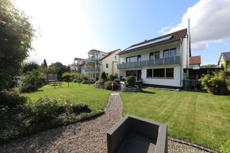 Traumhaus mit Garage in Toplage von Herrenberg, 71083 Herrenberg, Einfamilienhaus