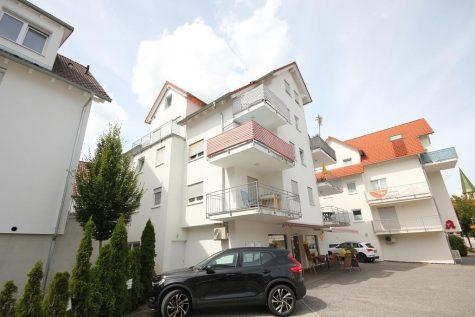 Raffiniert! Ungewöhnlich! Modern! Das extravagante Wohnkonzept für alle Dachgeschossliebhaber!, 72127 Kusterdingen, Dachgeschosswohnung