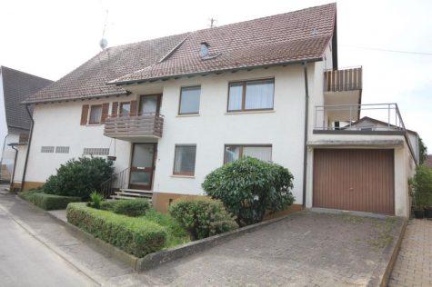 Das Wohnhaus mit vielen Möglichkeiten, ehemaligem Laden, Nebengebäude, 3 Garagen u. Carport, 72108 Rottenburg-Hailfingen, Mehrfamilienhaus