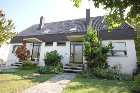 Das geniale Doppelhauskonzept für zwei Familien auf 1320 m² Grundstück in schöner Aussichtslage, 72131 Ofterdingen, Zweifamilienhaus