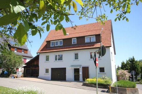 …charmantes, gepflegtes, ehemaliges Bauernhaus mit Garage, Gewölbekeller und Ausbaureserve!, 72127 Kusterdingen, Bauernhaus